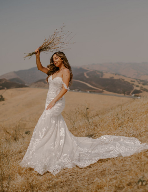 Global Wedding Dress Designer Martina Liana Reveals a Masterpiece in 2021 Collections