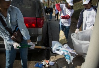 Monthly Hollywood cleanup
