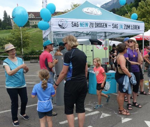 Promoting Drug-Free Living at the Swiss Bike Day