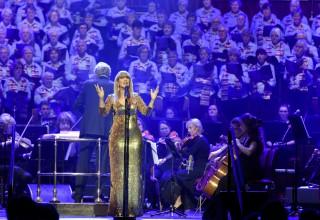 Tally Koren performing at the Royal Albert Hall