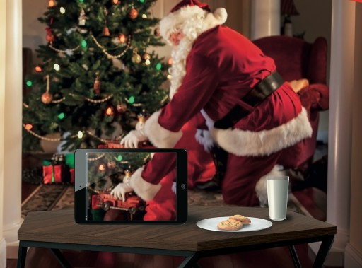 Tinsl Co., the Santa Sleeve, Lets Kids See Santa With Their Own Eyes, Helping Families Keep the Magic of Christmas Alive