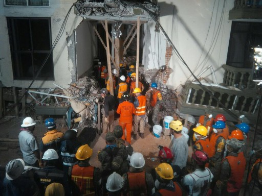 Mexico Update: Young Girl is Rescued From Her Collapsed School