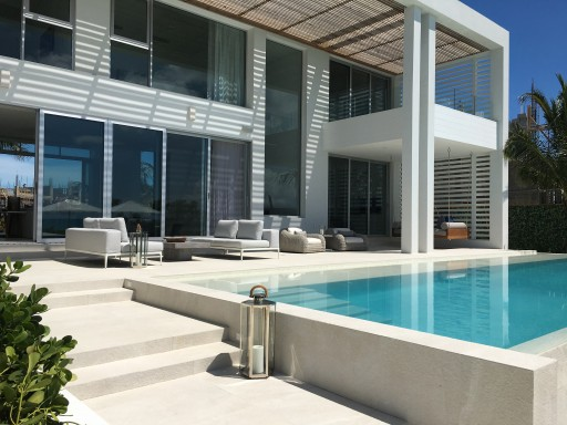 2020 TRAVEL NEWS | Beach Enclave Grace Bay Completes First Home in Time for 2020 Launch