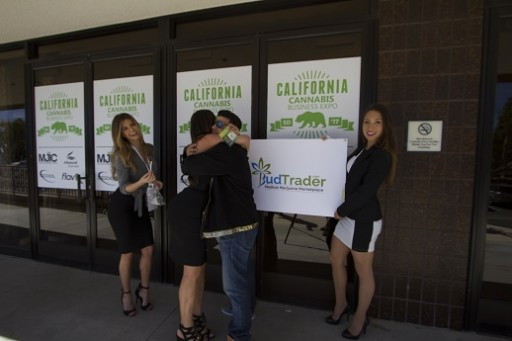 Supermodels From BudTrader.com Give Away 10,000 Joints