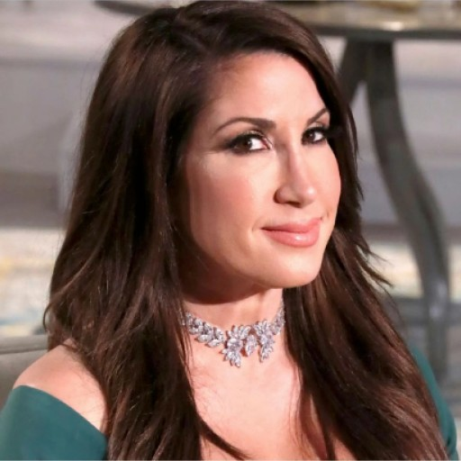 Simple Spectrum Earns Celebrity Endorsement From Former Real Housewife, Jacqueline Laurita