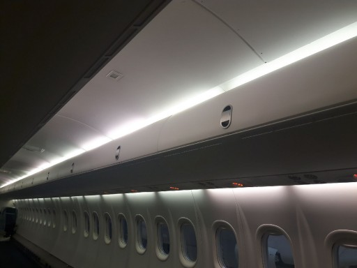 GAL Aerospace Introduces Larger Overhead Bins for Bombardier Q400