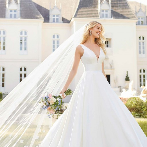 Affordable Wedding Dress Designer Stella York Reveals New Spring 2019 Collection