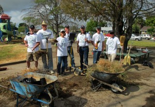 Another team of cleanup volunteers in Sacramento
