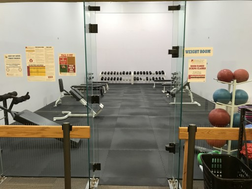 Ferris State University Converts Racquetball Court Into Gym With Greatmats