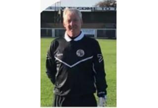Coach Mark Edwards