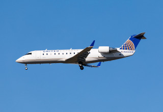 Air Wisconsin CRJ-200
