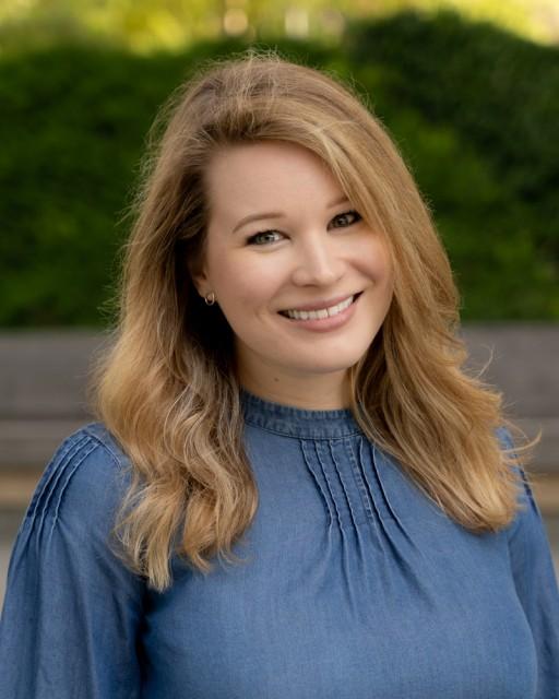 Alyssa Baier Joins Bridges Strategies as Digital Content Coordinator