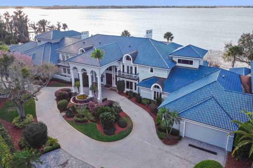 NBA Hall-of-Famer Shaquille O'Neal Sells Palatial Florida Mansion