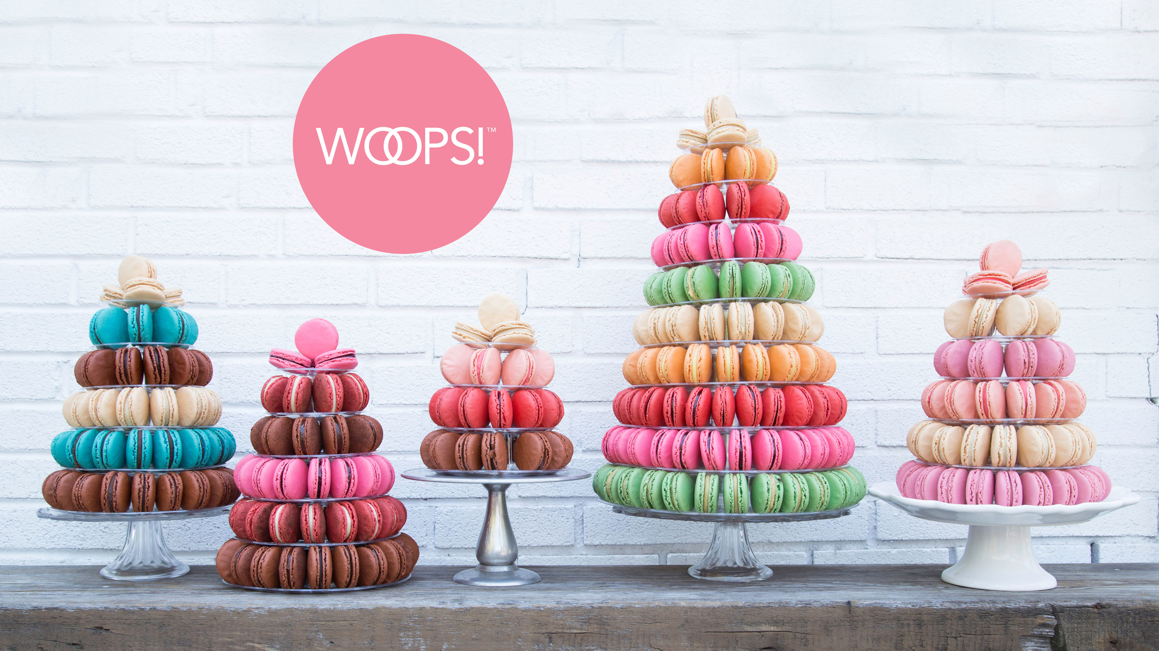 wedding-cake-alternatives-woops-macarons