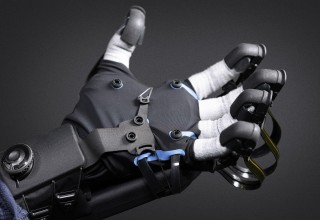 HaptX Gloves Development Kit