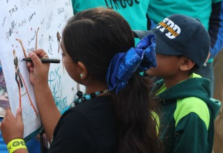 Youngsters signed the Drug-Free World pledge