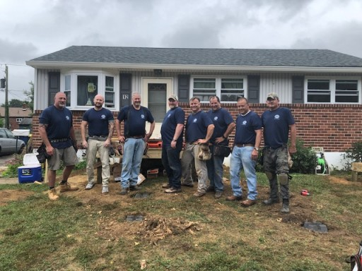 Union Carpenters Local 255 and 164 Volunteers Build Ramp for Challenged Student