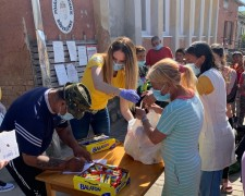Scientology Volunteer Ministers raised donations for fruit, canned goods, and other long-lasting staples for village families.