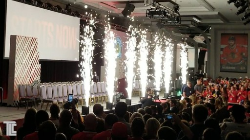 Blackhawks Convention LIVE FX - White Sparkle Fountains from TLC Creative
