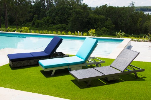 2 Way Chaise Offers a Better Way to Sunbathe