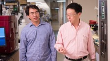 Gladstone scientists Sheng Ding and Tao Xu
