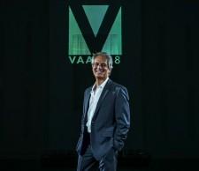 Daniel Davidson, Chairman & Founder Visual Artist Awards