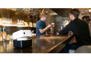 PLEN Cube at a cafe