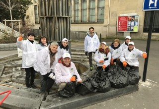 They fanned out to other areas where trash had been dumped and carted it away in plastic bags.
