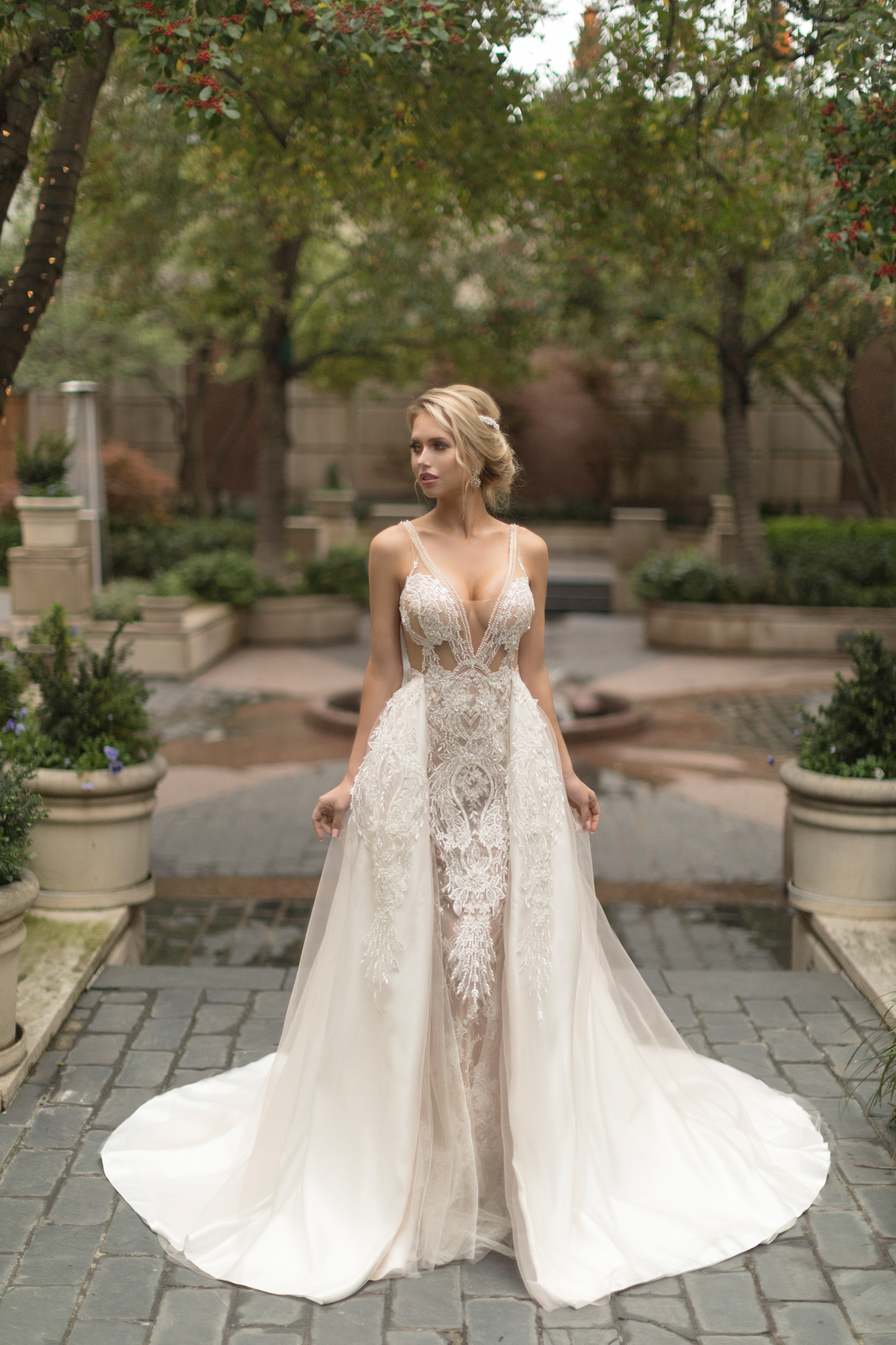 bbd3143161 Naama   Anat Haute Couture Release New Collection  Dancing Up the ...