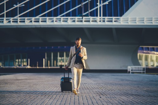 JustFly and FlightHub's Holiday Travel Survival Guide