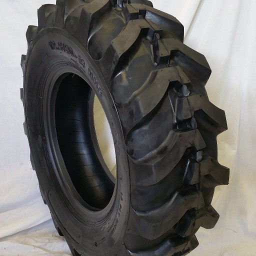 Why the Agricultural Industry is Turning to Road Warrior Tires