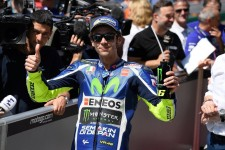 Valentio Rossi secures 2017 MotoGP Fan World Championship
