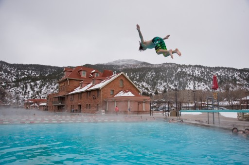 Glenwood Hot Springs - winter diver