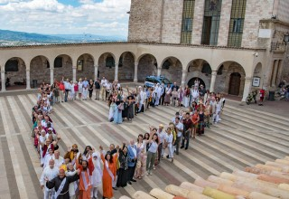 Religious Leaders from around the world take Peace Pledge in Italy