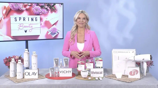 The Queen of Everyday Glam Emily Loftiss Shares Spring Beauty Secrets With TipsonTV
