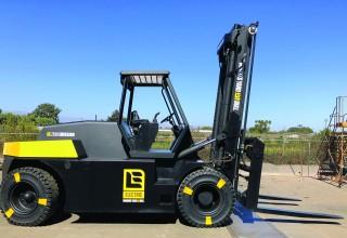 Wiggins Yard eBull - Zero Emissions Large Capacity Forklift