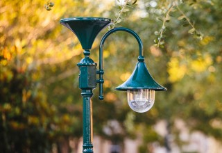Everest Solar Lamp Post
