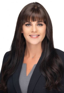 Award-winning Lawyer, Dana P. Oswalt, Esq.