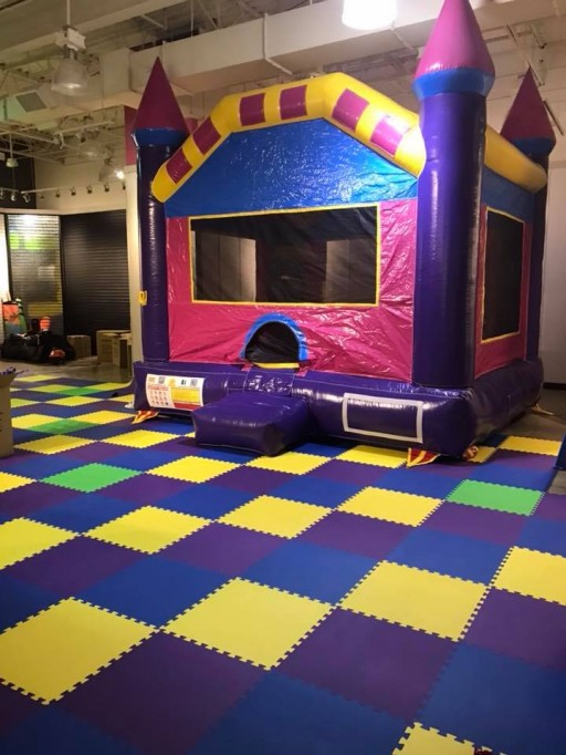 Greatmats Interlocking Foam Mats Chosen by Lakes Area Indoor Amusement Center, Jump4Fun