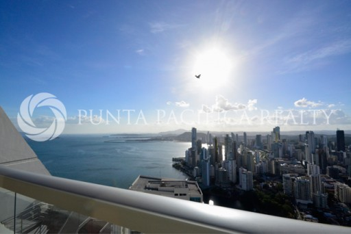 Sold! Punta Pacifica Realty's Trophy Property Program Closes First Deal