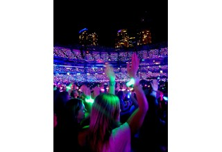 Toronto Lights Up for Coldplay With Xylobands LED Wristbands