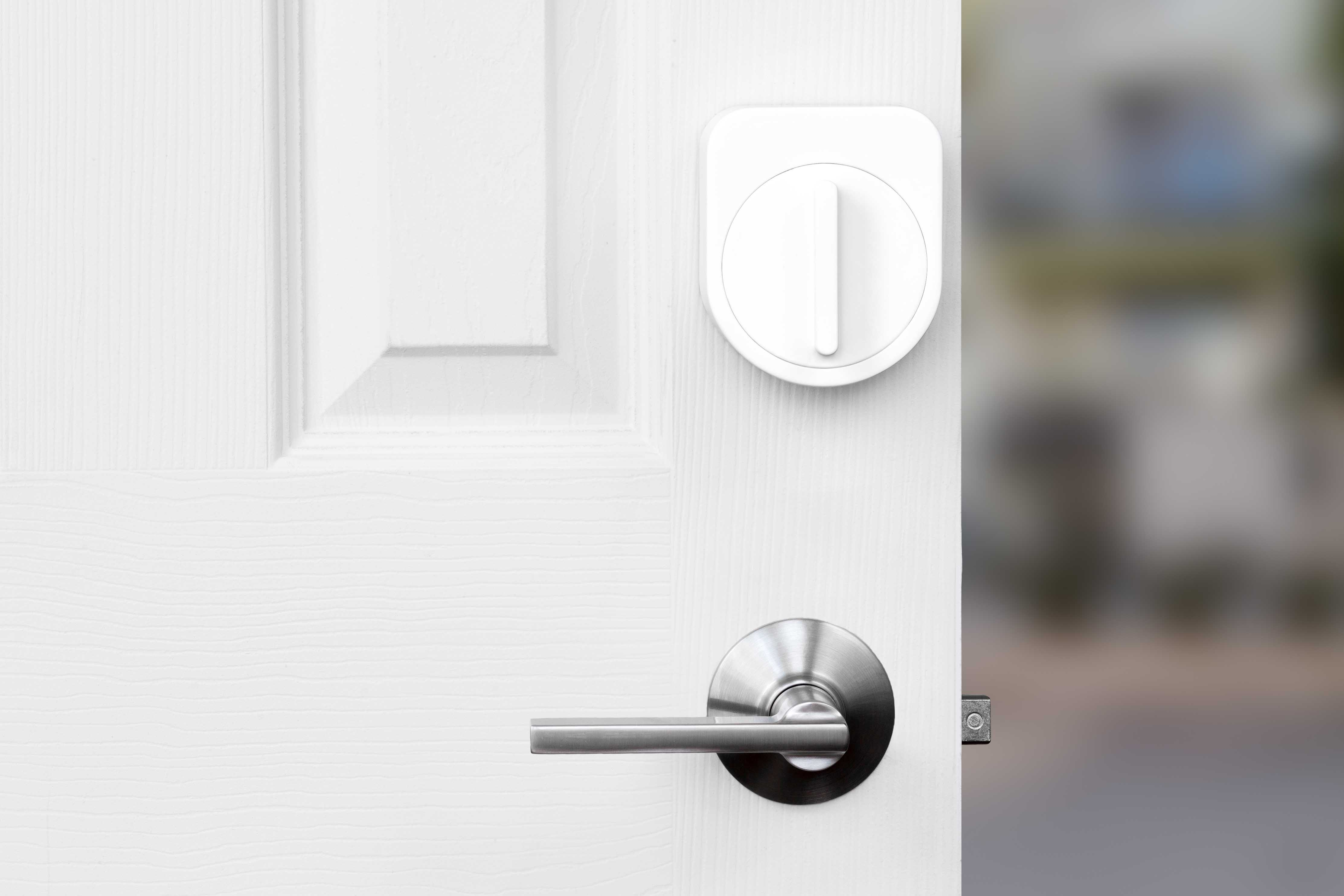Additional Images & Sesame Smart Lock Replaces the Keys with Smartphone Apps | Newswire