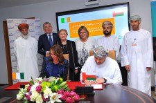 Agreement signing between Omantel and mAdme