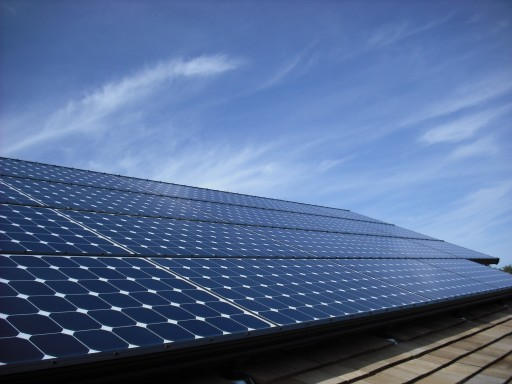 Long Island Solar Company Offers Rebate on Declining Tax Credit