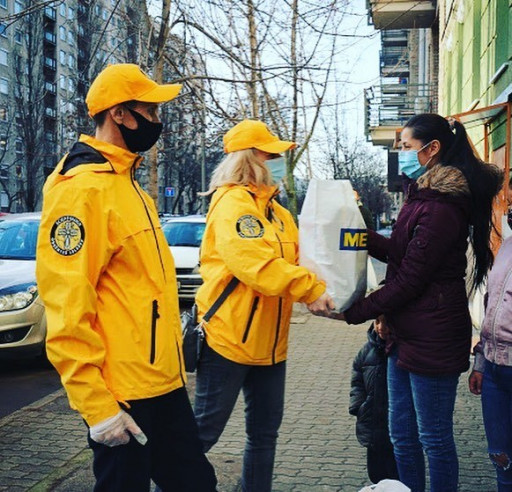 Cold and Hungry, Marginalized Families Need Help. Volunteer Ministers of Budapest Join Other Nonprofits to Provide Winter Jackets and Food