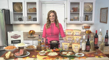 Paker Wallace Shares Holiday Entertaining Tips