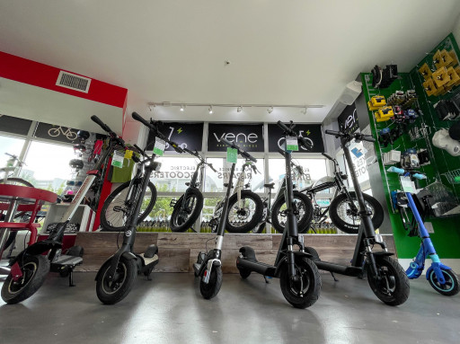 Vene Rides, the MicroEV Store, Opens 2nd Location With Expansion to Chicago