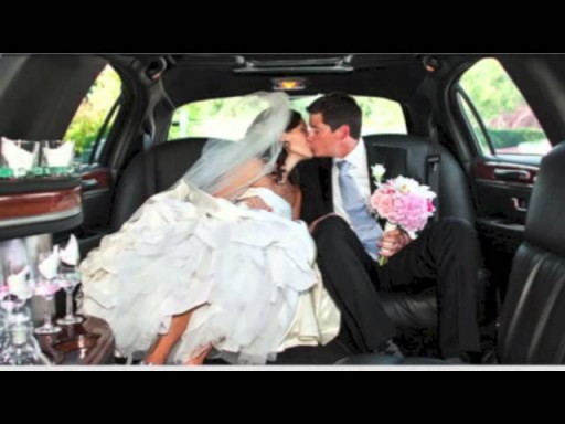 Get your perfect Connecticut Wedding limo! Make your day special with a Connecticut limousine.