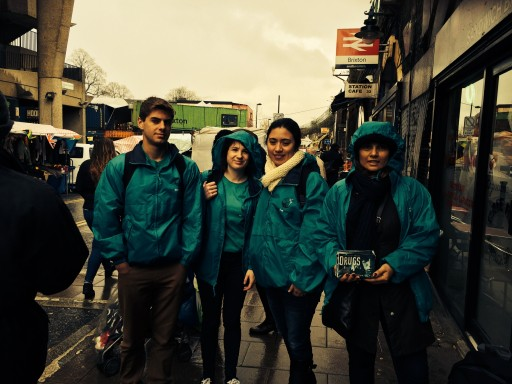 """Healthy New Year"" Is the Message as Volunteers Hit the Streets of Brixton"