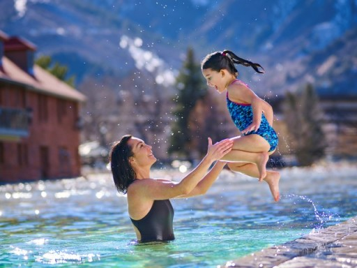 Modern Family: The Single Parent's Guide to Glenwood Springs